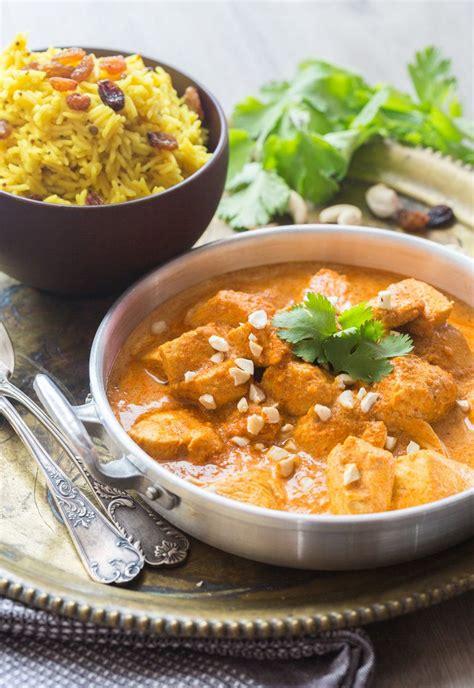 Vous pouvez faire ce plat avec des blancs de poulet ou des cuisses de poulet, il suffira de prolonger un peu la cuisson pour les cuisses afin qu'elles soient bien cuites et que la viande commence à se détacher. Poulet Tikka Masala | Recette | Poulet tikka masala, Poulet tikka et Recette cuisine indienne