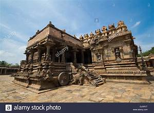Sculpture art at ancient indian temples Stock Photo ...