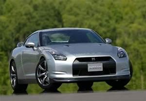 Nissan Gtr Prix Occasion : fiche technique nissan gt r 3 8 v6 485 black edition 2 portes d 39 occasion fiche technique avec ~ Gottalentnigeria.com Avis de Voitures