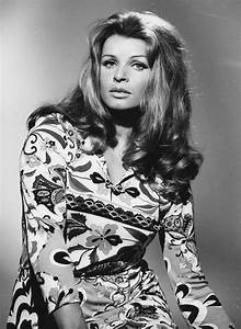 Senta Berger Größe : 17 best images about senta berger on pinterest cars ~ Lizthompson.info Haus und Dekorationen
