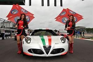 Casquette Alfa Romeo : alfa romeo 4c un coup sport de r ve ~ Nature-et-papiers.com Idées de Décoration