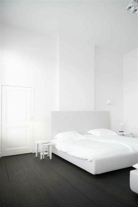 chambre a coucher blanc le parquet noir en 45 photos