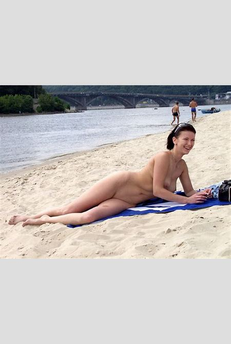 OB4.jpg in gallery Naked MILF on the beach (Picture 4) uploaded by Sunderlad on ImageFap.com
