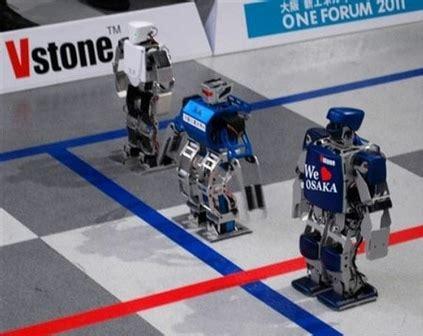 Baltijas robotikas sacensībās sevi pārliecinoši pierāda ...
