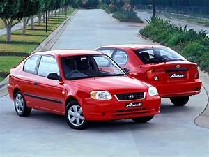 Hyundai Accent Lc 2004 : hyundai accent 3 doors specs photos 2003 2004 2005 ~ Kayakingforconservation.com Haus und Dekorationen