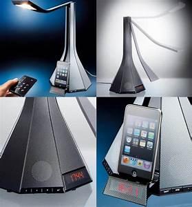 Lampe Mit Lautsprecher : der h ssliche lautsprecher mit uhr ist eine h ssliche lampe mit iphone dock engadget deutschland ~ Eleganceandgraceweddings.com Haus und Dekorationen