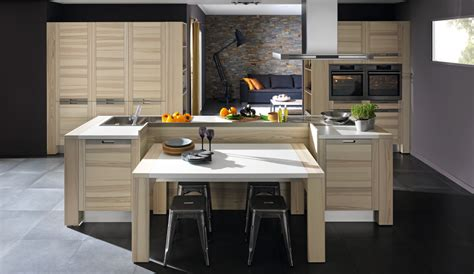 modele de table de cuisine en bois cuisine bois modèle design attitude
