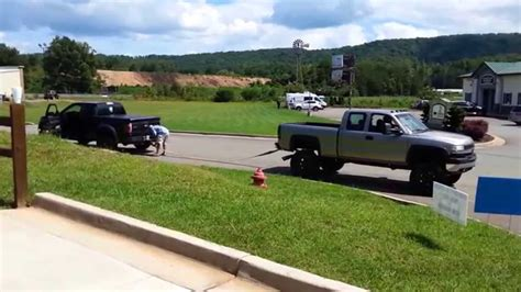 Tug of war Ford Raptor vs. Chevy Duramax ? Muscle Horsepower