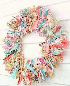 Tutorial For Adorable No Sew Wreath  Perfect As Christmas