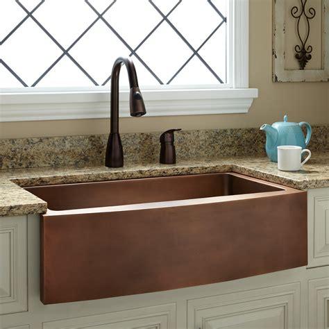 copper farmhouse kitchen sinks 33 quot kiana curved apron copper farmhouse sink kitchen 5787