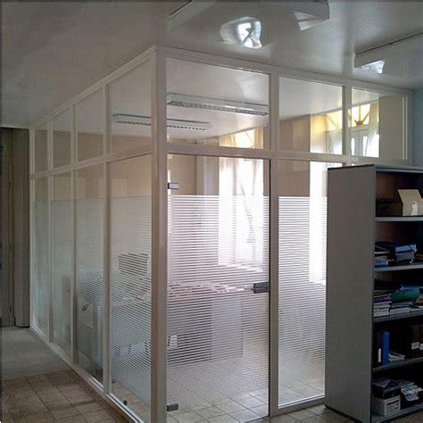 pose ou remplacement d 39 une cloison et séparation vitrée