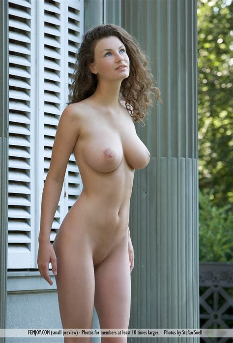Euro Babes DB » Hot German Babe Nude