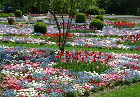 Britzer Garten Kontakt by Britzer Garten 2013