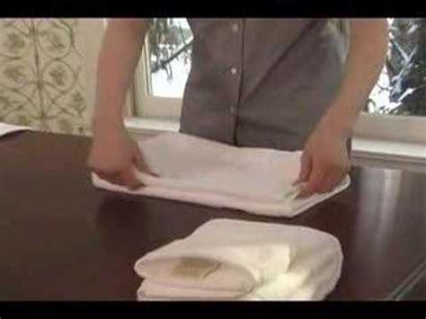 towel folding ideas for bathrooms towel folding