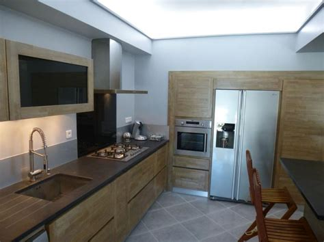 deco design cuisine ilot central granit cuisine design bois sur mesure