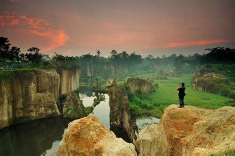 travelingyukcom kandang gozilla tempat wisata murah