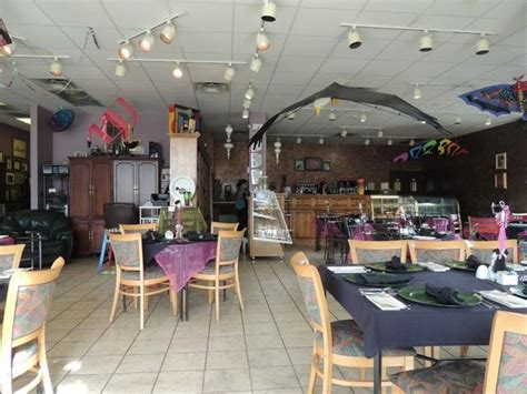 Food delivery from redwood chinese restaurant, best cantonese, chinese, healthy, mandarin, szechwan delivery in clarksville, tn. A dining room - Picture of Looking Glass Restaurant ...