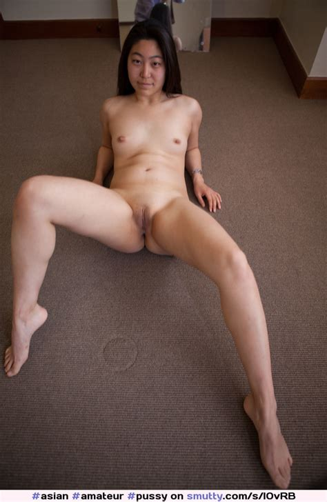 Asian Amateur Pussy Shaved Naked Spreadinglegs