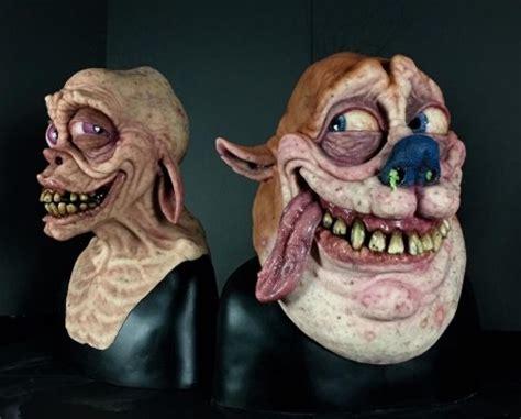 hyper realistic busts  ren  stimpy