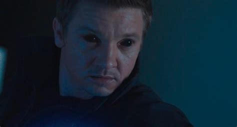 Jeremy Renner Takes Aim Hawkeye The Avengers Set Mtv