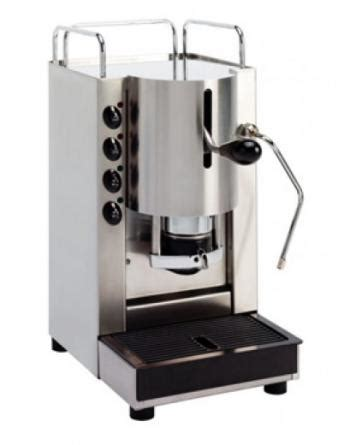 These coffee machines need a specialist operator. Agust Kafequo FairTrade E.S.E Pods 150
