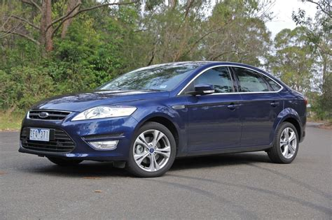 Ford Car : 2012 Ford Mondeo Review