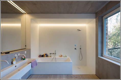 Wanne Und Dusche In Einem by Dusche Und Wanne In Einem Twinline Badewanne House Und
