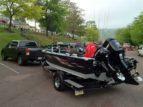 Lund Pro Ride Boat Seats For Sale by Alan Mavretish S Lund Boat For Sale On Walleyes Inc Www