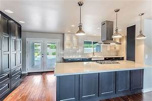 Dark Kitchen Cabinets With Light Quartz Countertops