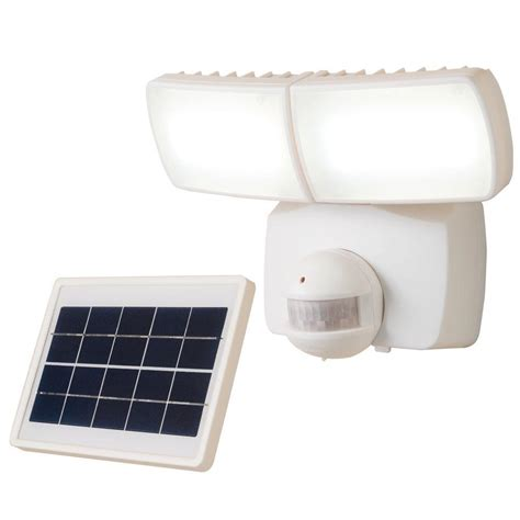 defiant 180 degree white solar motion activated led