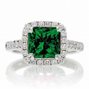 1.5 Carat Cushion Cut Emerald Halo Engagement Ring for ...