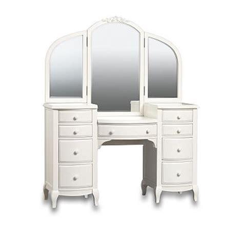 White Vanities For Bedrooms by White Vanities For Bedrooms Decor Ideasdecor Ideas
