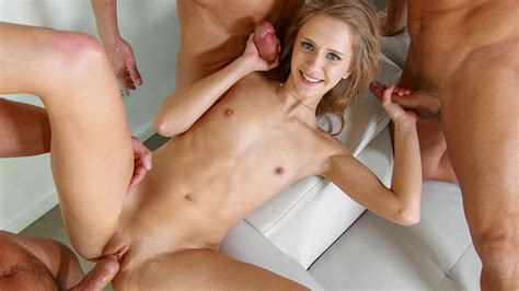 Rachel James In Her First Gangbang 4k Free Porn