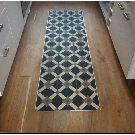 carpette de cuisine blogue chronique du maître une carpette en céramique