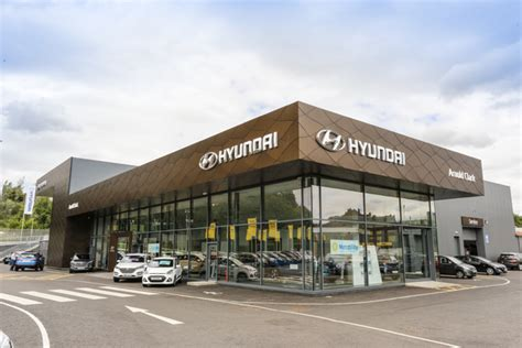 Hyundai Dealers by Hyundai Car Dealers Find Your Local Arnold Clark Dealer