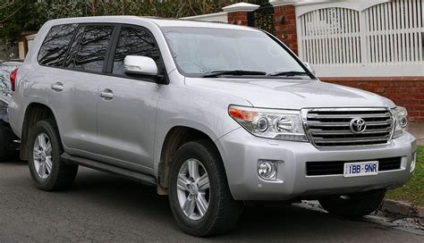 toyota land cruiser toyota land cruiser wikipedia