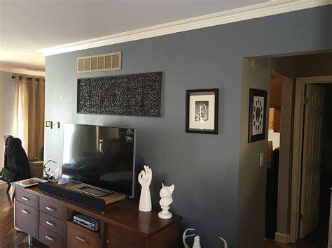 serious gray sherwin williams i loved this paint color but it had a lot of blue and it