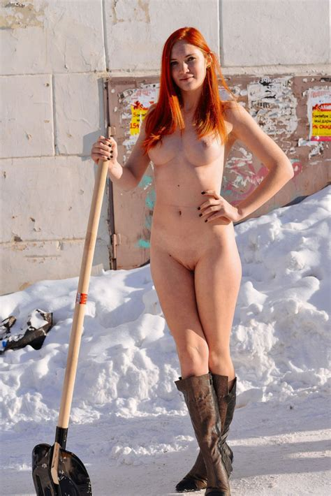 Naked Redhead With Ideal Body Removes Snow At City Russian Sexy Girls