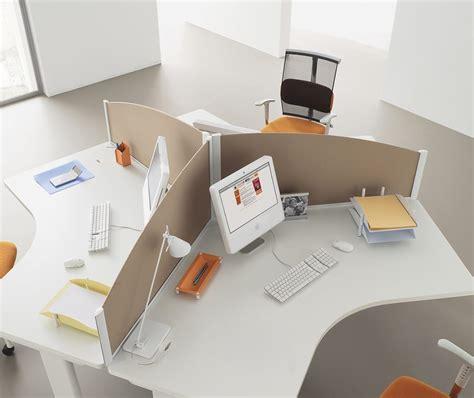 separation de bureau écrans de séparation bureaux cloisons ubia mobilier de