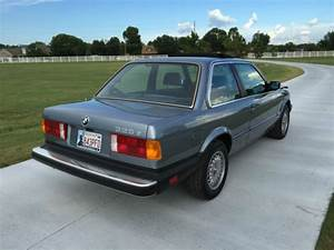 1985 Bmw 325e Base Coupe 2