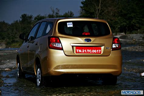 Datsun Go Backgrounds by Datsun Go Price In India Variants Specifications