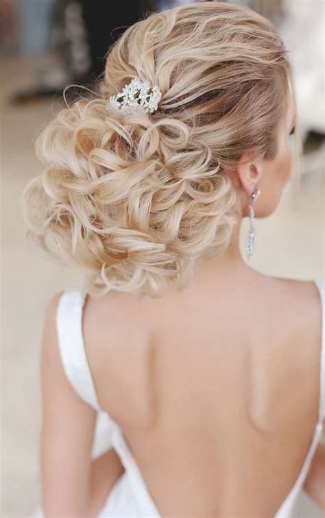 20 most romantic wedding hairstyles for long hair hi
