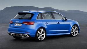 Audi Rs3 Sportback 2017 : 2018 audi rs3 sportback charges into geneva car news carsguide ~ Medecine-chirurgie-esthetiques.com Avis de Voitures