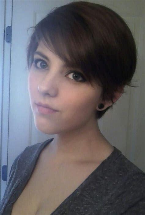 pixie haircut  side bangs teenage girls hairstyles popular haircuts