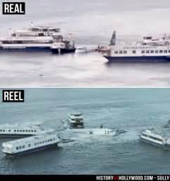 ferry boats arrive on scene to help flight 1549 as it