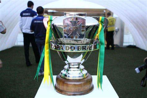 fotos taca da copa  brasil  espera  campeao