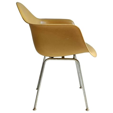 charles and eames arm shell chair classic mid century