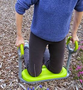 Review gardenease garden kneeler susan39s in the garden for Gardening kneeler