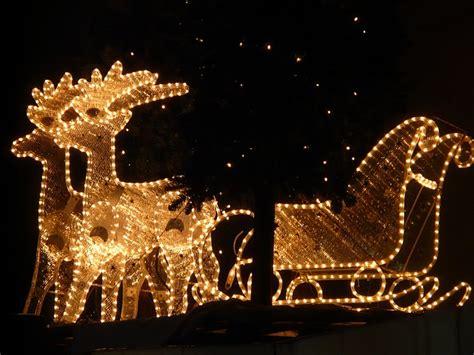 Weihnachtsbeleuchtung Selber Bauen by Lichterkette Weihnachten Rentiere 183 Kostenloses Foto Auf
