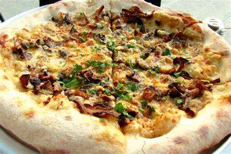 restaurant ma cuisine photo pizza from area four cambridge ma boston 39 s